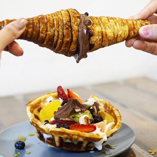 Waffles Bowl $12.80 + Puffones $1.50 ☻☻☻☻☻☻☻☻☻☻ Oh my holy ** creamery (!) which churns out one of the best chocolate pastry cones that leaks chocolate chocolate and chocolate.