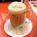 Tehnya sampe tumpah #foodie #favorite #foodgasm #tehtarik #malay #malaysianfood #beverage #yummy #fresh #sabindo #instafood #iphonesia #instadaily #iphonegraphy #iloveit #dinner #tea #passionforeating #picoftheday #photooftheday