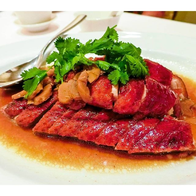 Wan Hao Signature Roast Duck with Ginseng Sauce This duck had the most tender and delicious meat, with the lightly crispy skin perfectly complementing the succulent meat.