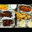 24pcs Boneless Wings of 4 flavors with fries, coleslaw, potato salad, veggie sticks, 3 ranch dips & 3 sodas ($38.95) 🍗 Our choice of flavors were: .