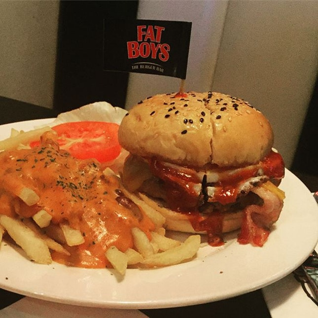 Top Engine 2 Recipes Chili Cheeze Fries: Fatboy's The Burger Bar (Serangoon Garden)