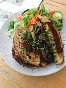 Australian Roast Rib Eye Sandwich (RM25)