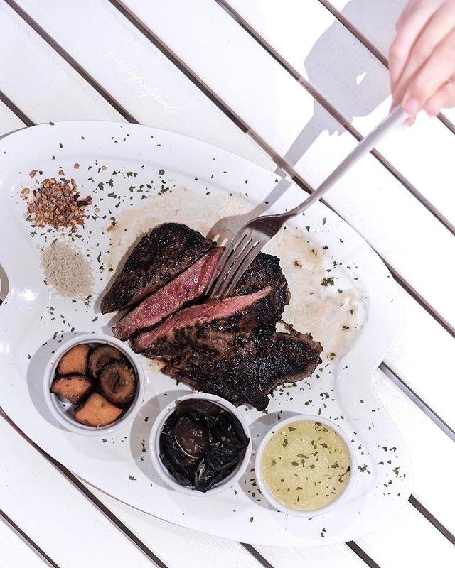 Breakup Steak ($42.90, 250g of Ribeye).
