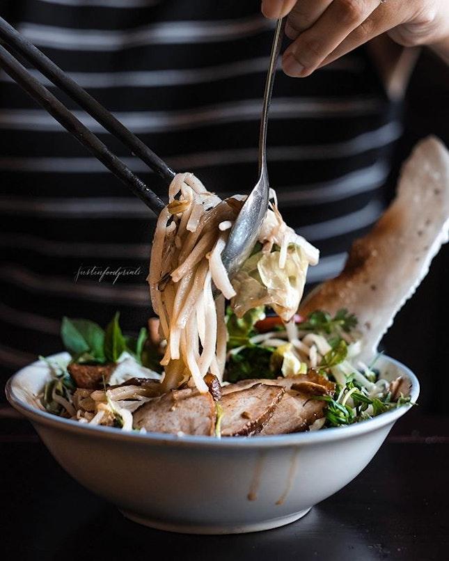Cao Lau Noodles (75,000VND = S$4.50).
