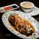 15 Stamford Rotisserie Chicken Rice ($28++).