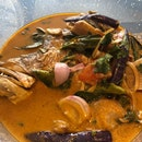 Fish Head Tom Yum Curry ($25.90++)