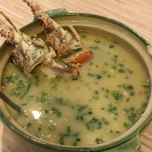 [Media Tasting] Signature Lobster Porridge ($31.90 onwards) with Spiny Brazilian Lobsters @wanhelou !