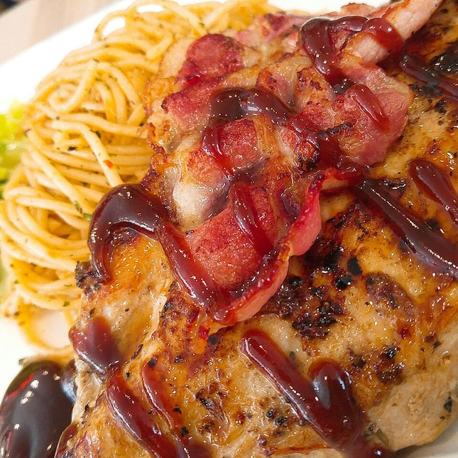BBQ Chicken Breast and Smoked Bacon