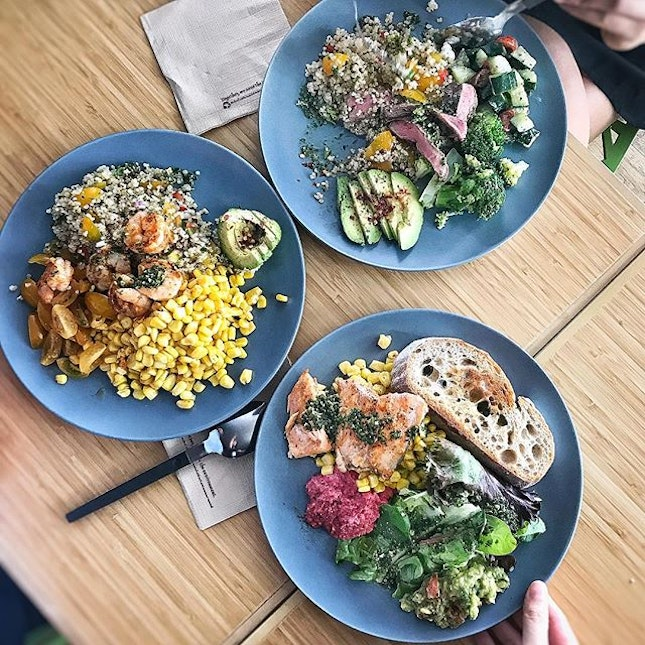 Some hearty healthy grub at the fairly new @avorush at Asia Square.