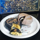 If you love truffles and its aroma, you can now have it in your mooncakes too.