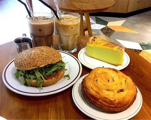 Tiong Bahru Bakery (Raffles City)