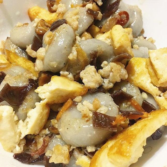 Another traditional dish, Homemade Hakka Yam Abacus seeds..