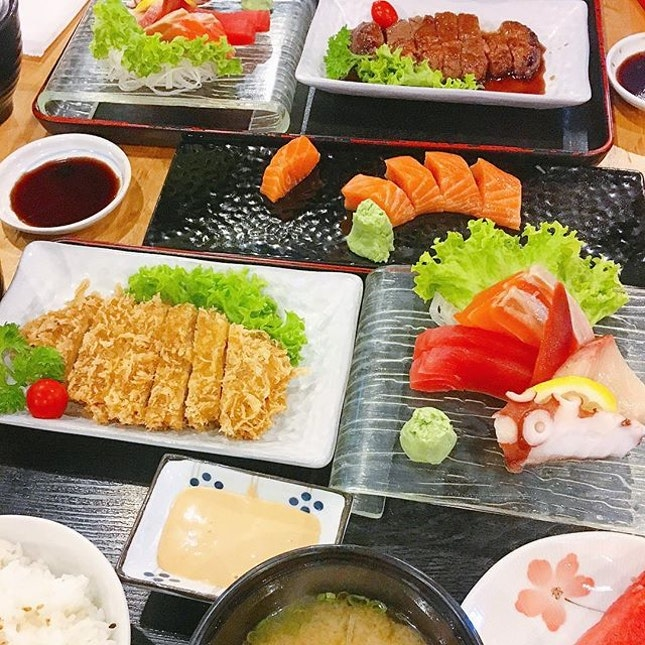 other than Sashimi i will always go for the set meals.