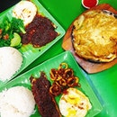 yay i like this stingray rice set, for below $10, u get to enjoy stingray and veg/other dishes.