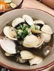 Big Bowl Of Clams In Broth ($9)