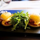 Eggs Benedict with a balanced hollandaise sauce.