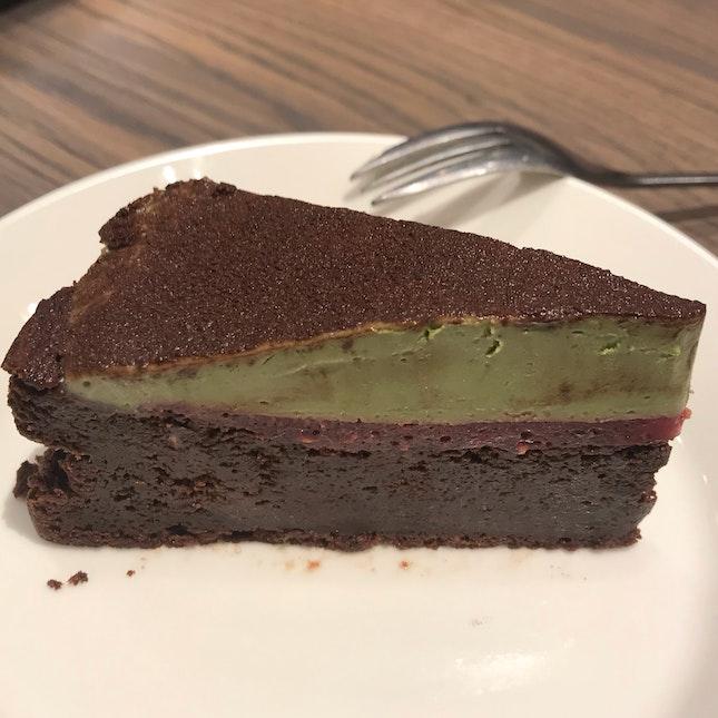 Gateau Chocolat W/Matcha Cream ($8)