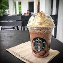 🍹 NEW Frappuccino from one of the prettiest Starbucks in Singapore, Starbucks at Rochester Mall.