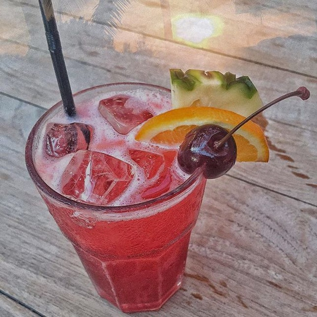 It's the perfect weather to catch the sunset with a Singapore Sling today!