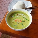 An unassuming yet #delicious and fragrant bowl of Thai green curry with tender chicken chunks and eggplant.