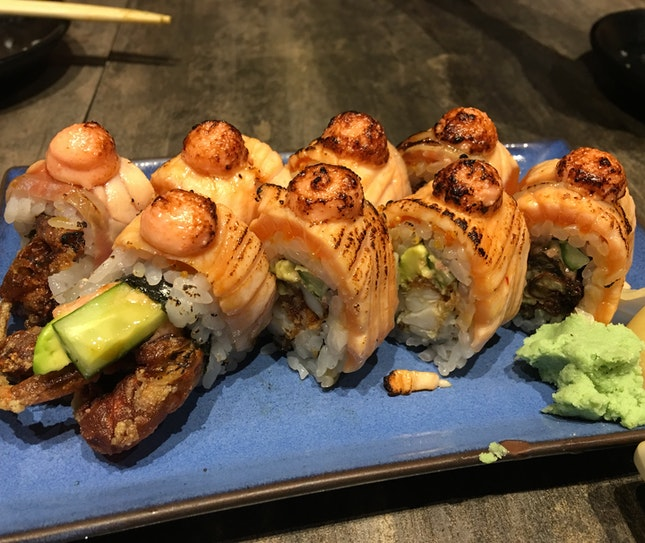 Soft Shell Crab Salmon Aburi Maki