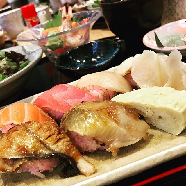 #japanese for lunch #ilovejapanesefood  #nevertiredofjapfood #japfood #lunch #food #foodporn #burpple #yummy #sashimi #miso #salmon #singapore #orchardcentral #familyday #family #familylove #familytime #familylife #familyfirst #appreciate #感恩
