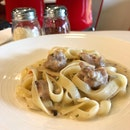 Fettuccine Chicken With Mushroom Sauce