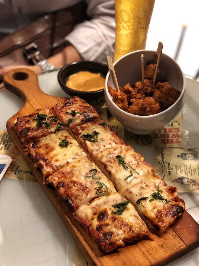 Pizza Margherita ($15)
