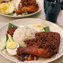 Best Nasi Lemak Ever! 🥰