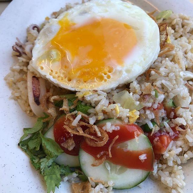 Nasi Goreng Seafood ($6+$0.50 egg) new renovated @mr_prata..