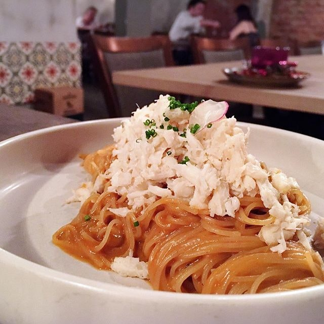 Ocean Crab Pasta in buttery buttery lobster bisque.