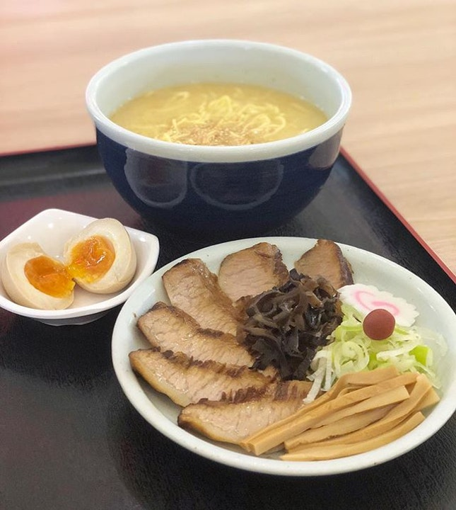 From their previous outlet at Cuppage Centre, we followed @santoukasg to their stall at DDD City Square for yet another satisfying ramen meal.