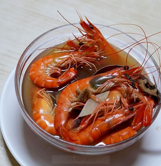 Drunken prawns were very fresh and sweet which came in a herbal broth.