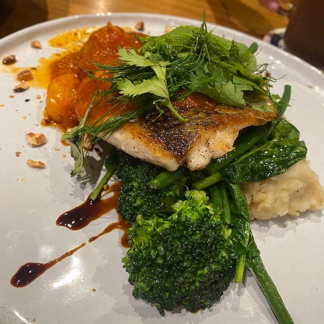 The Angmoh Cuisine