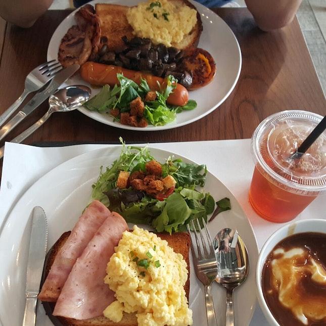 Cafe Food!
