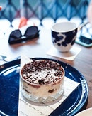 If you wanna drink alcohol without feeling the effects, have a tiramisu 😂 So lame right 😂 Have a splendid Monday!