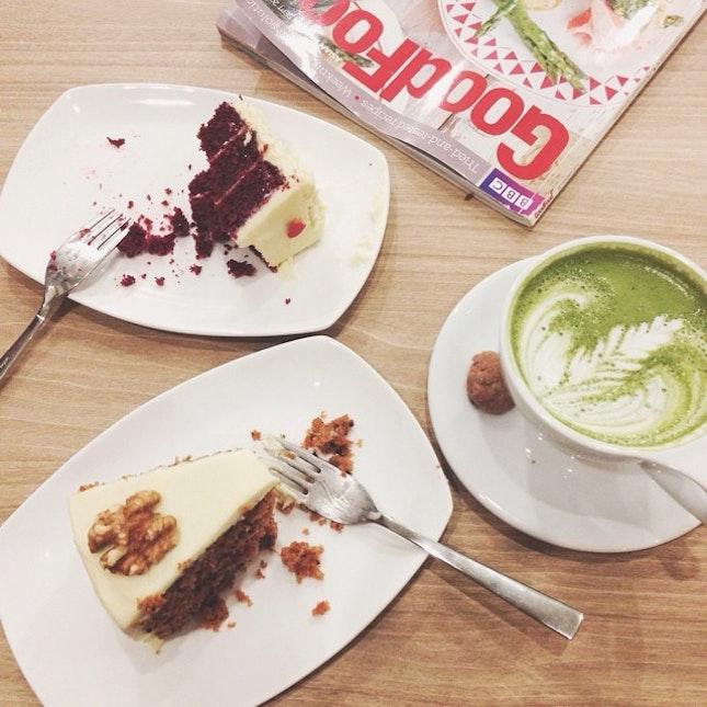 Cakes & Matcha Latte