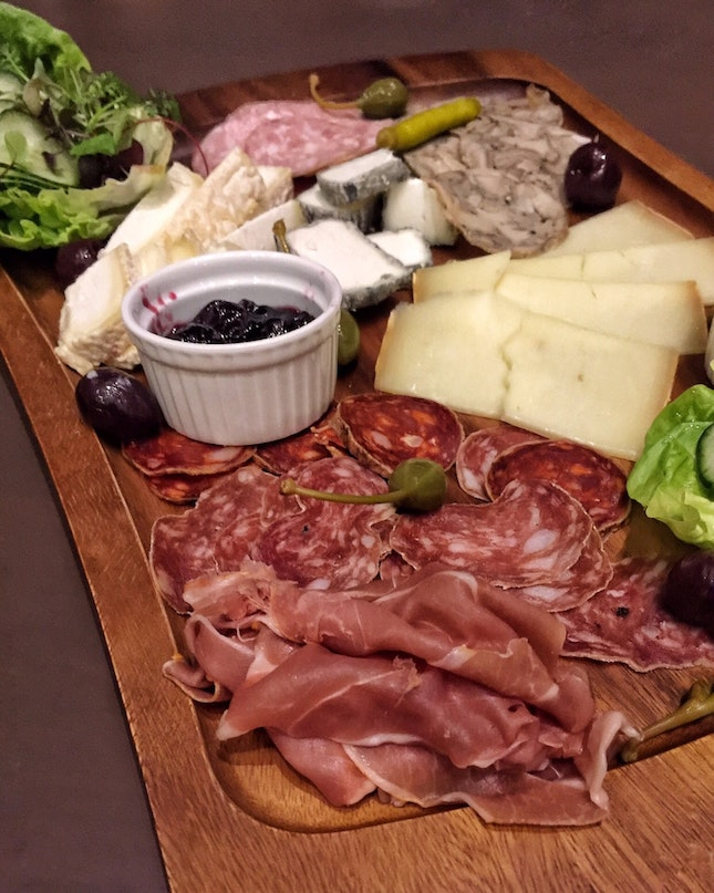 Assorted French Cheese Platter (Assortiment de Fromages, $28.50 | Tapas Menu)