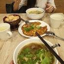 A-Roy Thai Restaurant (Velocity)