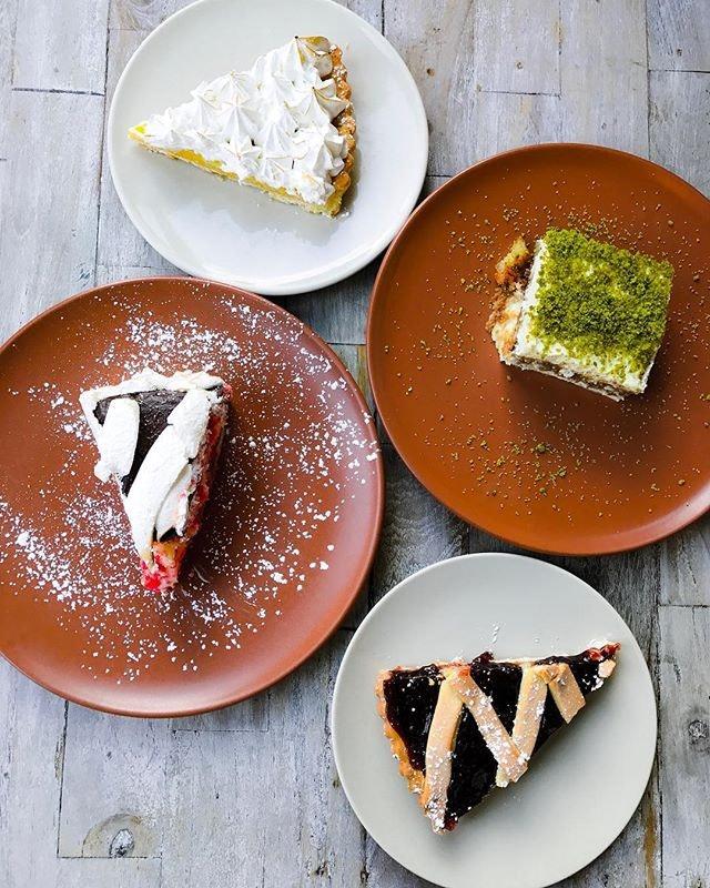 iO Italian Osteria @italianosteriasg - i Dolci/Desserts - On The Table - ACAMASEATS & GTK💮: Lemon Meringue Pie (💵S$12)  The Lemon lacked the tanginess & Citrus tart mouthfeel to it.