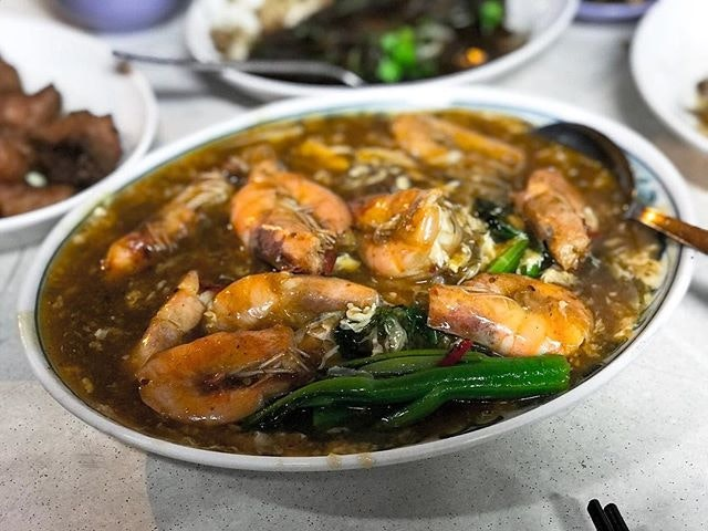 Kok Sen Restaurant 國成球記菜社 - Big Prawns Hor Fun (💵S$16, S$32, S$48) 🏵 • ACAMASEATS & GTK💮: One of the better Hor Fun in town, the wok hei is prominent, a tad spicy with a little sweetness to balance it out and the essence of the prawn alone is worth the calories, price & the journey.