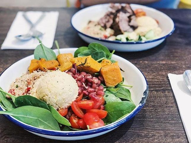 Finally had @pimpmysalad_sg again 💁🏻♀️ #sgfood #sgfoodies #burpple #instafood_sg #sgcafe  #iphoneonly #iphonex  #bonappetit #vscoedit #agameoftones #thecreatorclass #createcommune  #foodvsco #f52grams #eeeeeats #onthetable #buzzfeast #forkyeah #getinmybelly #food52 #tastethisnext #eattheworld #foodandwine #feedyoursoull #eatfamous #tastingtable #bestfoodworld #beautifulcuisines #dailyfoodfeed