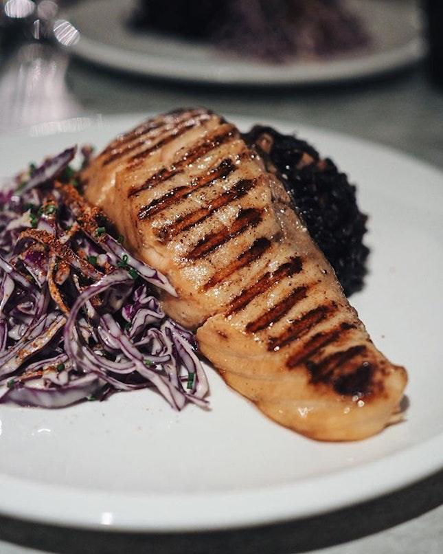 Back in SG & can't wait to go have my fav salmon 🤤 • • • • • •  #sgfood #sgfoodies #burpple #instafood_sg #sgcafe #sgig #igsg #exploresingapore  #bonappetit #vscoedit #agameoftones #thecreatorclass #createcommune  #foodvsco #f52grams #eeeeeats #huffposttaste #onthetable #buzzfeast #forkyeah #getinmybelly  #tastethisnext #eattheworld #foodandwine  #feedyoursoull #eatfamous #tastingtable #bestfoodworld #beautifulcuisines #dailyfoodfeed