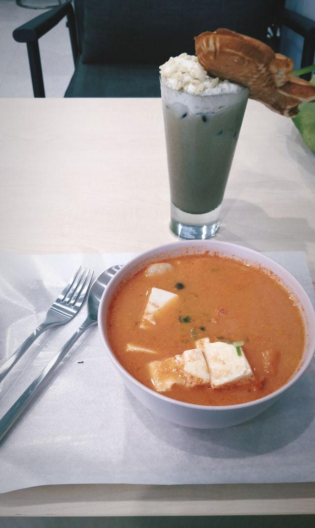 Korean Seafood Cioppino + Hojicha Latte
