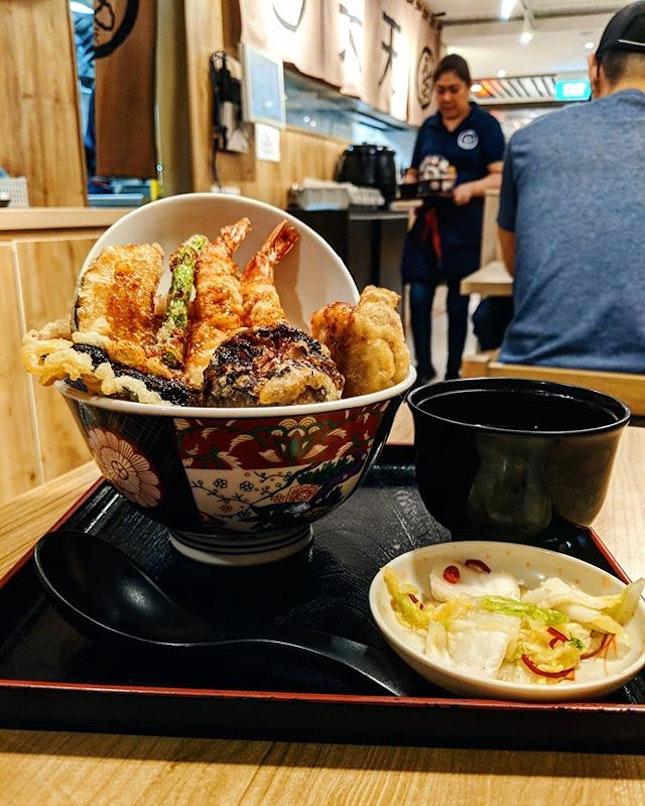 Looking for tempura, unagi or ramen?🍜🍱 You'll find it in this cosy restaurant post!