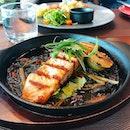 ❤️ grilled salmon 👍🏼 #changiyummy #grilledsalmon #thekitchenbywolfgangpuck #salmon
