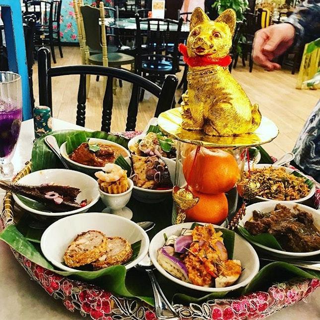 Tok Panjang - smorgasbord of #peranakan dishes.