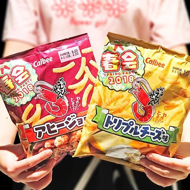 Calbee Shrimp Snack Ajillo [S$2.30] Calbee Shrimp Snack Triple Cheese [S$2.30] ・ Spring special flavours – Garlic & Olive Oil and Cheese.