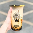 Brown Sugar Boba Milk [S$5.30] ・ I could smell the caramelised sugar from afar, making it easy to find @TigerSugarSG.