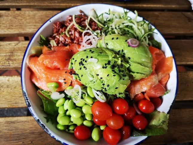 Salmon Alvocado Salad